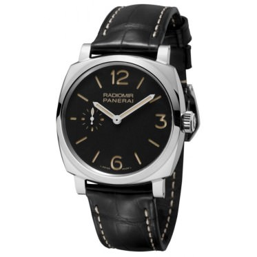 Side of Panerai Radiomir Black Seal 8 Days PAM610