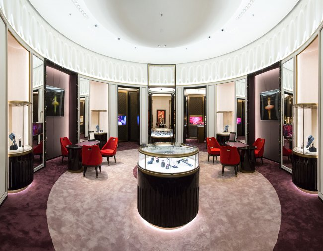 De GRISOGONO ne Dubai flagship store 02