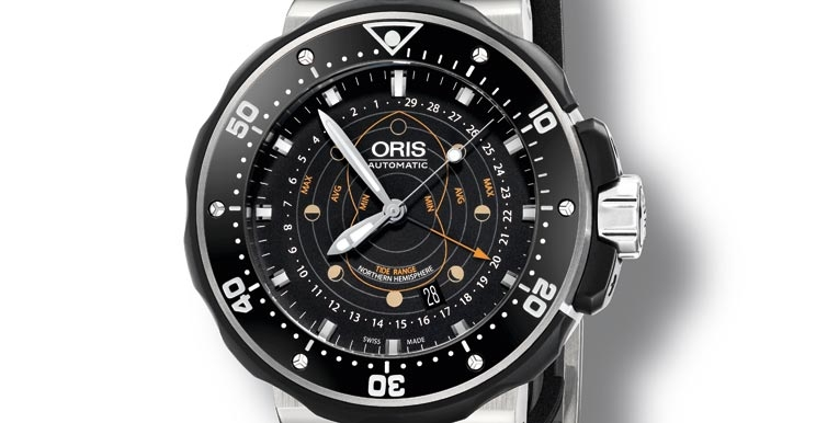 Front of Oris Pointer Moon stainless steel diving watch